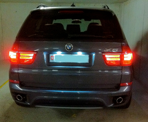 LED osvetljenje tablice BMW X5 E70